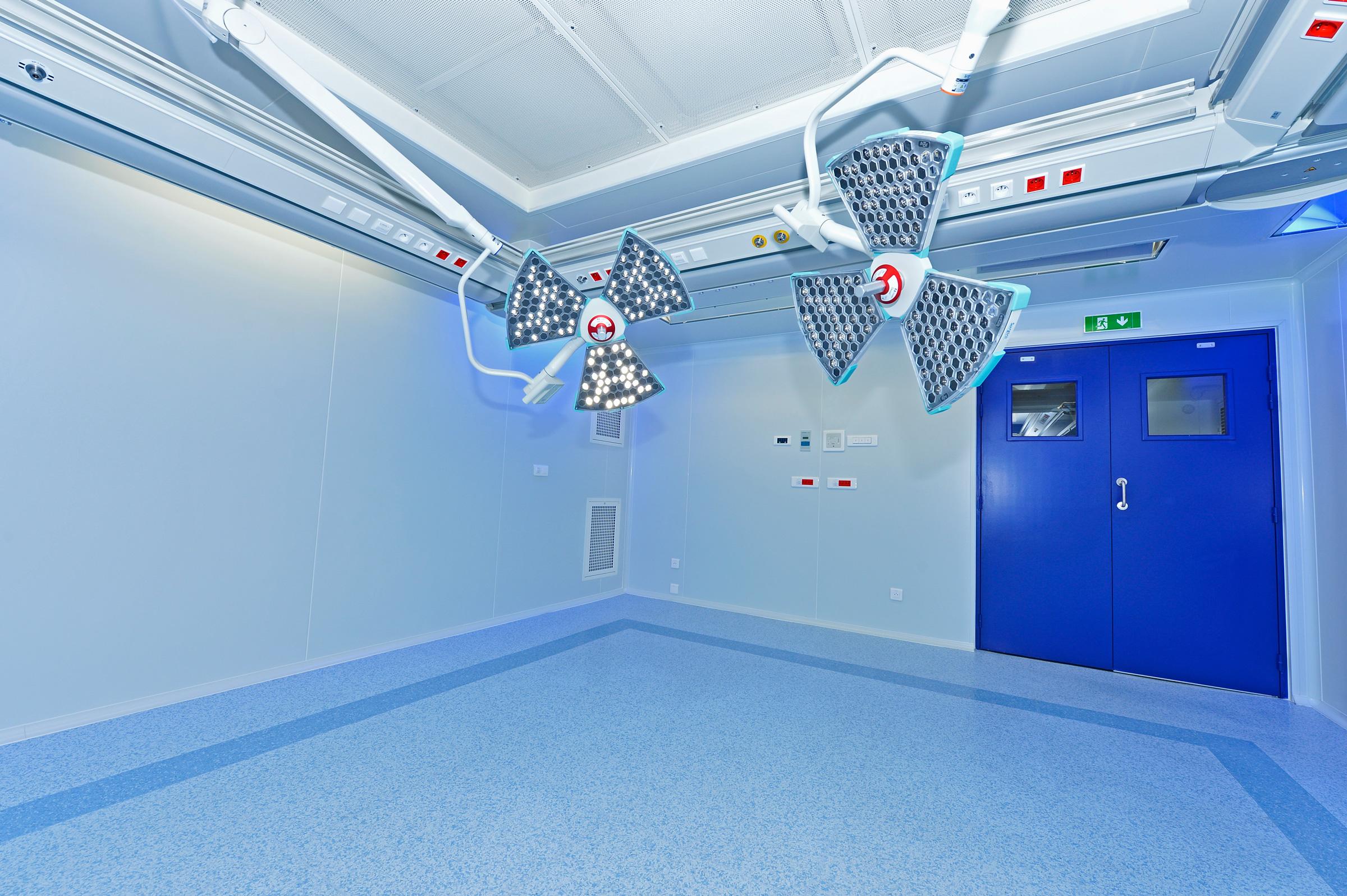 Saint Antoine Hospital image